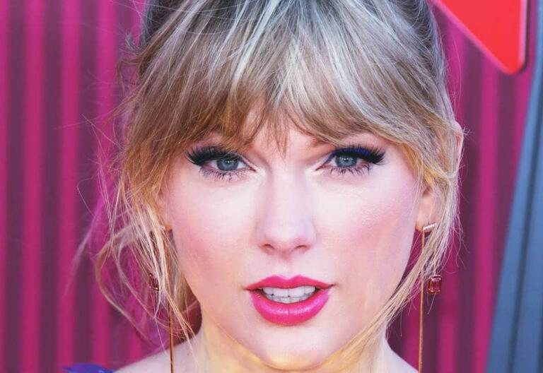 How Much is Taylor Swift Net Worth in 2021